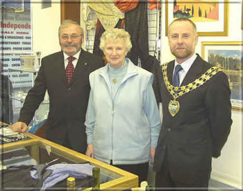 Anne Clague pictured with Tony Brown SHK, and Mr. John Cringle, Chairman of Castletown Commissioners